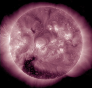 Large Hole on Sun Targets Earth - G1 Geomagnetic Storm Watch More_S_CH_HSS_20150127-300x289