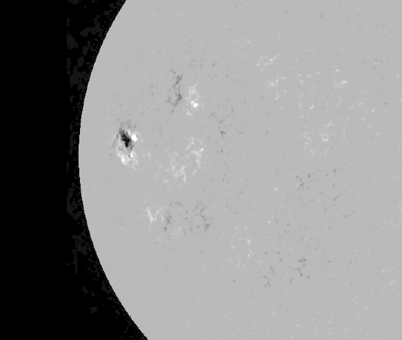 AR484 moved onto solar disk